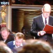 Philip Freriks leest het groot Dictee 2012